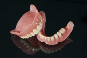 Prothèses dentaires haut et bas
